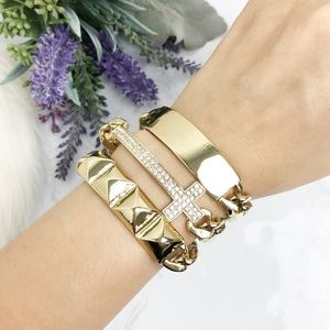 Jewelry - Gold Chain Cross Studded Bracelet
